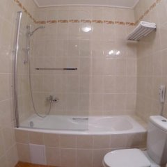 Гостиница СамаРА в Самаре отзывы, цены и фото номеров - забронировать гостиницу СамаРА онлайн Самара ванная фото 2