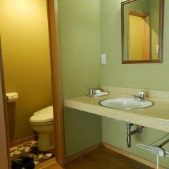 Отель Onsenkaku Япония, Беппу - отзывы, цены и фото номеров - забронировать отель Onsenkaku онлайн ванная фото 2