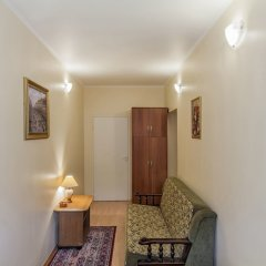 Апартаменты Friends Apartment Bol. Konushennaya 1.2 Санкт-Петербург комната для гостей фото 4