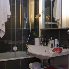 Отель Aparthotel Adagio Paris Opéra Франция, Париж - 1 отзыв об отеле, цены и фото номеров - забронировать отель Aparthotel Adagio Paris Opéra онлайн ванная фото 2