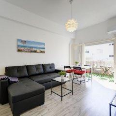 1 Bedroom Apartment With Balcony Израиль, Тель-Авив - отзывы, цены и фото номеров - забронировать отель 1 Bedroom Apartment With Balcony онлайн комната для гостей фото 4