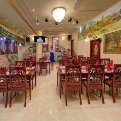 Отель Royal Ascot Hotel ОАЭ, Дубай - отзывы, цены и фото номеров - забронировать отель Royal Ascot Hotel онлайн питание фото 3