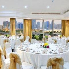 Отель Al Majaz Premiere Hotel Apartment ОАЭ, Шарджа - 1 отзыв об отеле, цены и фото номеров - забронировать отель Al Majaz Premiere Hotel Apartment онлайн помещение для мероприятий