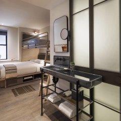 Отель Moxy NYC Times Square США, Нью-Йорк - отзывы, цены и фото номеров - забронировать отель Moxy NYC Times Square онлайн комната для гостей фото 2