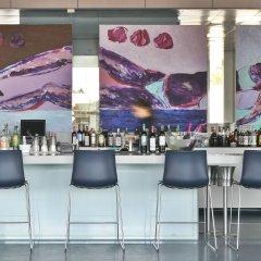 Отель The Oitavos гостиничный бар