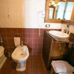 Отель Henrys House Италия, Сиракуза - отзывы, цены и фото номеров - забронировать отель Henrys House онлайн ванная