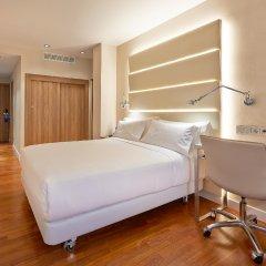 Отель NH Barcelona Les Corts Испания, Барселона - 1 отзыв об отеле, цены и фото номеров - забронировать отель NH Barcelona Les Corts онлайн комната для гостей фото 5