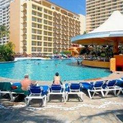 Отель Pacific View Vallarta Condo 1042 бассейн