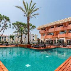 Vilamoura Garden Hotel бассейн
