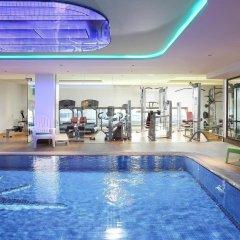 Отель ibis Styles Dubai Jumeira бассейн