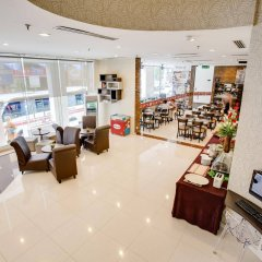 Отель Prescott Hotel KL Medan Tuanku Малайзия, Куала-Лумпур - 1 отзыв об отеле, цены и фото номеров - забронировать отель Prescott Hotel KL Medan Tuanku онлайн интерьер отеля фото 2