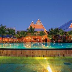 Отель Victoria Beachcomber Resort & Spa с домашними животными