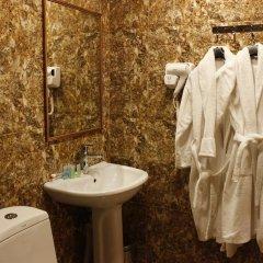 Отель Комфорт Армения, Ереван - отзывы, цены и фото номеров - забронировать отель Комфорт онлайн ванная фото 2