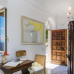 Отель B&B Al Pesce D'Oro Италия, Амальфи - отзывы, цены и фото номеров - забронировать отель B&B Al Pesce D'Oro онлайн интерьер отеля