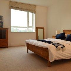 Отель 2 Bedroom Flat in Canary Wharf With Balcony Великобритания, Лондон - отзывы, цены и фото номеров - забронировать отель 2 Bedroom Flat in Canary Wharf With Balcony онлайн комната для гостей фото 4