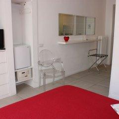 Отель Enjoy Bed And Breakfast удобства в номере
