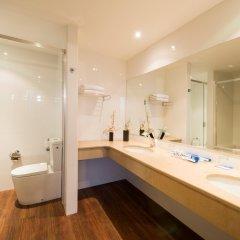 TRYP Lisboa Oriente Hotel ванная