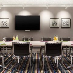 Отель Aloft London Excel фото 4
