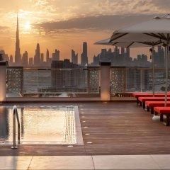 Отель Hilton Garden Inn Dubai Al Jadaf Culture Village ОАЭ, Дубай - 1 отзыв об отеле, цены и фото номеров - забронировать отель Hilton Garden Inn Dubai Al Jadaf Culture Village онлайн бассейн