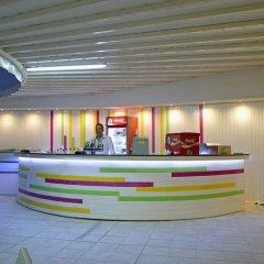 Отель Smartline Arena Золотые пески бассейн фото 2