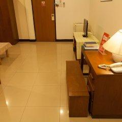 Отель Zen Rooms Best Pratunam Бангкок комната для гостей
