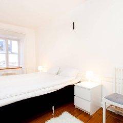 Отель Apartdirect Gamla Stan Стокгольм комната для гостей фото 2
