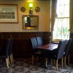 The Weir Hotel гостиничный бар