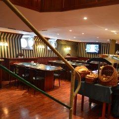 Fortuna Boat Hotel and Restaurant гостиничный бар