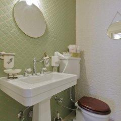 Insula Hotel & Restaurant Чешме ванная