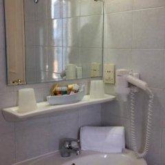 Отель Cavalieri Hotel Греция, Корфу - 1 отзыв об отеле, цены и фото номеров - забронировать отель Cavalieri Hotel онлайн ванная фото 2