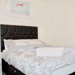 Отель Bright And Modern 1 Bedroom Flat Великобритания, Эдинбург - отзывы, цены и фото номеров - забронировать отель Bright And Modern 1 Bedroom Flat онлайн комната для гостей фото 2