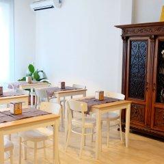 Отель B&B I 10 Mondi Италия, Милан - отзывы, цены и фото номеров - забронировать отель B&B I 10 Mondi онлайн питание