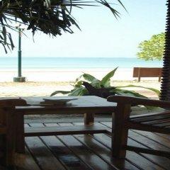 Отель Southern Lanta Resort Таиланд, Ланта - отзывы, цены и фото номеров - забронировать отель Southern Lanta Resort онлайн пляж