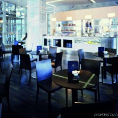 Отель Hilton Munich Airport гостиничный бар