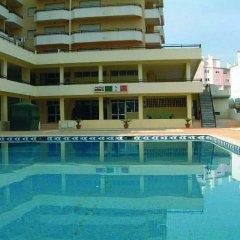 Отель Clube dos Arcos Португалия, Портимао - отзывы, цены и фото номеров - забронировать отель Clube dos Arcos онлайн бассейн фото 3