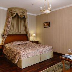 Гранд Отель Эмеральд 5* Улучшенный номер двуспальная кровать фото 3