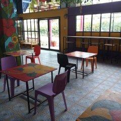 Отель Cha-Ba Bungalow & Art Gallery Таиланд, Ланта - отзывы, цены и фото номеров - забронировать отель Cha-Ba Bungalow & Art Gallery онлайн питание фото 2
