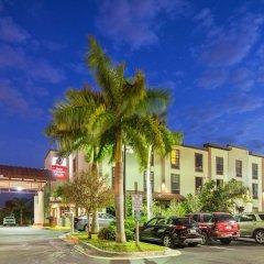 Отель Best Western Plus Manatee парковка
