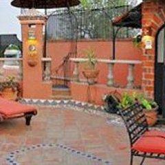 Отель Hotelito de las Colonias Мексика, Гвадалахара - отзывы, цены и фото номеров - забронировать отель Hotelito de las Colonias онлайн бассейн