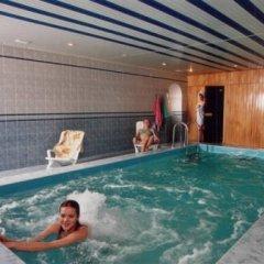 Гостиница Заря бассейн
