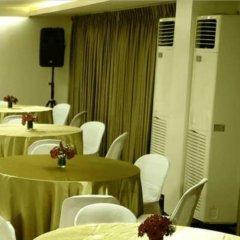 Отель Century Plaza Hotel Филиппины, Себу - отзывы, цены и фото номеров - забронировать отель Century Plaza Hotel онлайн питание