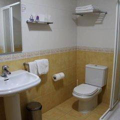 Отель El Globo ванная фото 2