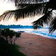 Отель Coco Mari Beach Villa пляж фото 2
