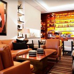 Отель Hôtel Montaigne гостиничный бар