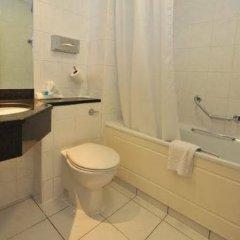 Отель Britannia Airport Inn Manchester Великобритания, Уилмслоу - отзывы, цены и фото номеров - забронировать отель Britannia Airport Inn Manchester онлайн ванная фото 2