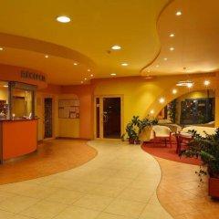 Отель Gdanski Dom Turystyczny Hostel Польша, Гданьск - отзывы, цены и фото номеров - забронировать отель Gdanski Dom Turystyczny Hostel онлайн интерьер отеля