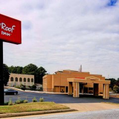 Отель Red Roof Inn Atlanta Six Flags парковка