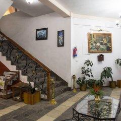Отель Mirabel Resort Непал, Дхуликхел - отзывы, цены и фото номеров - забронировать отель Mirabel Resort онлайн интерьер отеля