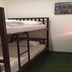 Отель FIRST 1 Boutique House at Sukhumvit 1 комната для гостей фото 3
