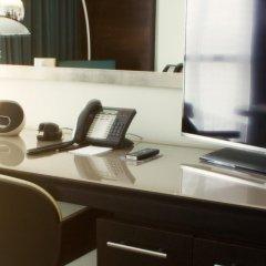 The Lowry Hotel удобства в номере